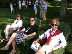 Historic Deerfield group members relax on the lawn, facing the Hudson River, at Edgewater (September 2014).