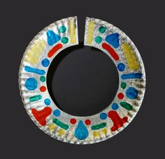 african necklace (paper plate craft) Kids Crafts, Daycare Crafts, Preschool Crafts, Arts And Crafts, July Crafts, Paper Plate Crafts, Paper Plates, Africa Drawing, Africa Painting