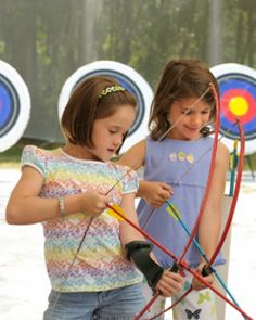 Signing up for summer camp: Is it deductible?