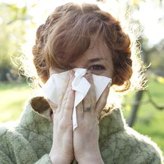 Sick days? No way! Fight off seasonal sniffles with these expert-approved prevention, DIY home flu remedies, and get-well strategies, from acupressure to zinc.