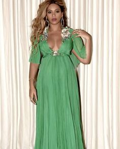 An Inside Look at Beyoncé's Pregnancy Style #RueNow