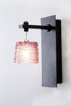 Pretty Noa- Pink Wall Light
