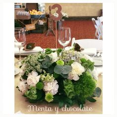 Arreglos, decoración, ideas originales, Candy Bar, invitaciones, bolos y más !!! Síguenos en Instagram !! @menta.chocolate