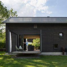 Holzhaus am Auerbach by Markus Eck Architekt