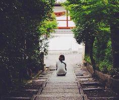 """『""""優しさ""""を感じる。』 #高台寺#京都  photo by:@yakorai  #秀吉#ねね#歴史#お寺#kyoto#temple #filmcamera #whereinc#美しい日本#japan_daytime_view #instagramjapan #art_of_japan #nationalgeographic #寺巡り#タビジョ#日本の景色#whereisthis"""