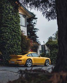 Alois Ruf, you are a gentleman 🎩 Porsche Yellow, Mercedes Wallpaper, Porsche Cars, Motor Car, Cars Motorcycles, Dream Cars, Super Cars, Classic Cars, Places