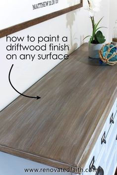 Three Easy Steps to a DIY Driftwood Finish on Any Surface EASY Driftwood Technique with Latex – Here's how to create a faux driftwood finish on furntiture as well Wood Pallet Furniture, Refurbished Furniture, Farmhouse Furniture, Paint Furniture, Repurposed Furniture, Furniture Projects, Furniture Makeover, Barbie Furniture, Chalk Paint Chairs
