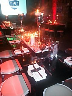 Office Christmas Party, Wedding Designs, Table Settings, Events, Organization, Table Decorations, Contemporary, Ideas, Getting Organized