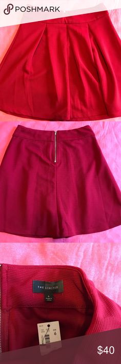 NWT The Limited Red Skater Skirt size 6 New with tags The limited Red skater skirt size 6 The Limited Skirts Circle & Skater