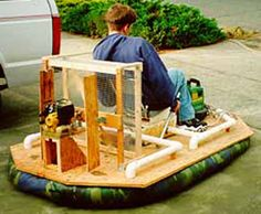 So Lee thinks he needs to build a Hovercraft