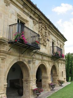 Palacio Sierra. San Vicente de Toranzo (Cantabria). Spain