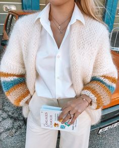 PureMe is a fashionlabel Premium handmade knitwear Designed by me, made for you. Knit Fashion, 80s Fashion, Sweater Fashion, Fashion Outfits, Mohair Cardigan, Gros Pull Mohair, Mode Ootd, Knitting Designs, Sweater Weather