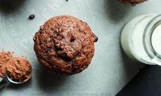 J'en veux tout de suite! Un muffin aux bananes, sirop d'érable, yogourt grec et ...CHOCOLAT NOIR!