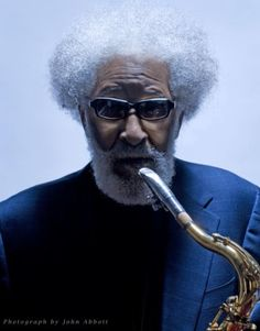"""The tenor saxophonist Sonny Rollins continues his """"Road Shows"""" series of albums, and Kris Bowers uses a video to inform viewers about the history of jazz piano. Jazz Artists, Jazz Musicians, Music Artists, Sonny Rollins, Jazz Quotes, Cool Jazz, Music Icon, Music Music, Jazz Blues"""