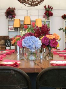 Pinning for lighting - tiered tabletop lamps for dining room Dining Room, Dining Table, Tablescapes, Tabletop, Lamps, Lights, Table Decorations, Flowers, Home Decor