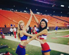 SMU's Alpha Chi Omega at the Hawaii Bowl! #smuaxo #alphachiomegasmu