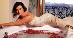 Photos of Cote de Pablo, recognized as one of Hollywood's hottest women. If you want more Cote de Pablo, here are sexy feet pics! Born in Santiago, Chile, in 1979, de Pablo moved to the United States when she was 10, where she pursued acting. De Pablo got her start co-hosting episodes of the Latin ...