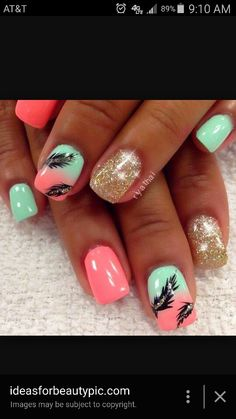Feathery summer nails