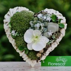 Dušičková aranžmá a celoroční dekorace na hrob | Květinářství Floresco Diy Flowers, Succulents, Floral Wreath, Wreaths, Plants, Bouquets, Beautiful, Decor, Nice Asses