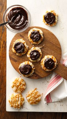 Butterscotch and fudge topping help dress up melt-in-you-mouth macaroons. These trendy coconut cookies might look complicated, but they're super easy thanks to a pouch of Betty's sugar cookie mix and a handful of ingredients you probably already have in the pantry.