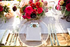 Reception Table Setting // Flowers: Natural Pina