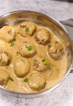Lentil Meatballs (Vegan, Gluten-Free) Vegetarian Entrees, Vegan Dinner Recipes, Whole Food Recipes, Cooking Recipes, Vegan Meals, Vegan Food, Healthy Meals, Healthy Eating, Healthy Recipes