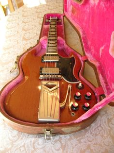 COLLECTOR ALERT!!!  1961 Gibson Les Paul / SG