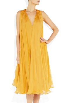 Alexander McQueen's Belted Silk-Chiffon Dress is a must-have fashion item. You have got to have this chic attire. Alexander Mcqueen Ring, Alexander Mcqueen Dresses, Silk Chiffon, Chiffon Dress, Fabulous Dresses, Top Designer Brands, Belted Dress, Yellow Dress, Fashion Dresses