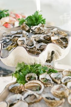raw_oyster_bar - i love this display!