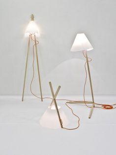 see trough your hands floor lamp white   lighting . Beleuchtung . luminaires   Design: Nicole Schindelhol  