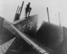 Early example of distinctive mise-en-scene in The Cabinet of Dr. Caligari