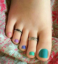 48 Adorable Easy Toe Nail Designs You Will Love Simple Toe Nails, Pretty Toe Nails, Cute Toe Nails, Sexy Nails, Pretty Toes, Feet Nail Design, Nice Toes, Painted Toes, Beautiful Toes