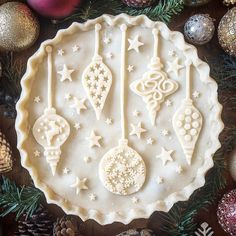 Christmas tree ornaments pie