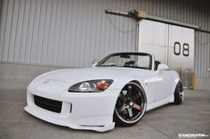 More Here: http://www.stancenation.com/2012/11/11/japanese-usdm-style-s2000/