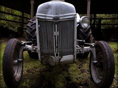 1940's working tractor at Johnson - White Farm