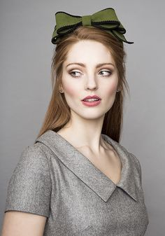Rachel Trevor Morgan Millinery  Autumn Winter 2015 Olive felt Jackie O pillbox with pinked bow and edging