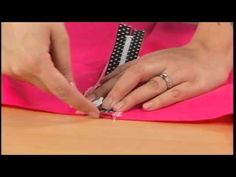304-1 Gretchen Hirsch demonstrates how to add an exposed zipper to a pencil skirt on It's Sew Easy