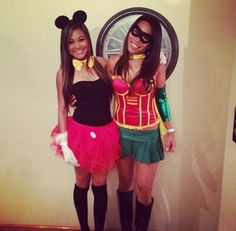 Sexy mini mouse and hottie lady Robin Hood 😍