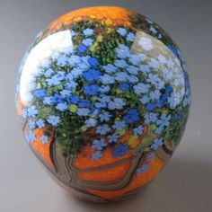 Beautiful detailed paperweight.