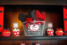 When my cousin and his wife asked me to do their sweet twins FIRST birthday I was very excited!! They wanted a Mickey and Minnie theme for their precious boy and girl, CJ and Abby! I would like to share a little bit of their story before I post all of the party details and pictures! It took Stephanie and Troy a little while, and
