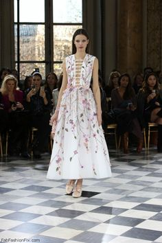Georges Hobeika Haute Couture spring/summer 2016 Collection. #couture #georgeshobeika