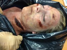Corpsing Airbrushing Makeup #airbrush #makeup #halloween #corpsing #spooky - bellashoot.com