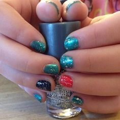 """""""Chill out with this new lacquer set!! Great for any age. Let's see your creativity with this one.  #jamicure #jamberrynails #chilloutjn #polish #lacquer…"""""""