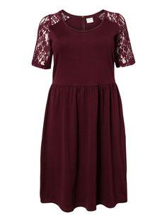 Lace sleeved dress from JUNAROSE #junarose #dress #party #plussize #dressedtodance