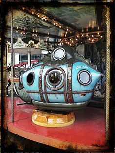 A submarine from a steampunk carousel in Paris. I want to ride this one! Jules Verne, Carosel Horse, Painted Pony, Merry Go Round, Nautilus, Dieselpunk, Steampunk Fashion, Under The Sea, Street Art