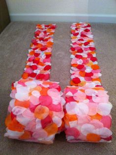 DIY aisle runners to line the side of the aisle.... customize colors, cute and easy clean up -