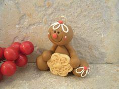 El hombre de pan de jengibre de la Navidad ornamento de la galleta