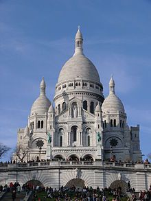 Sacre Cour o la igleasia del Sagrado Corazon en la cima de la colina de Montmartre al norte de Paris, hace un tiempo tuve el privilegio de estar en Paris e ir a visitar esta magnifica iglesia.