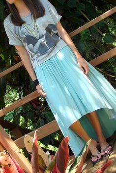 ouitfit-con-falda-asimetrica-color-menta-de-Zara
