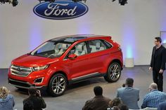 Her står nye Ford Edge Concept på Los Angeles International Auto Show vist he